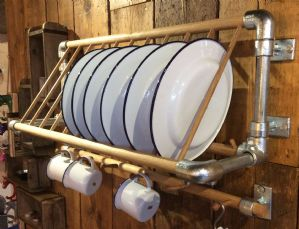 Locally Made Scaffold Pole 10 Plate Rack